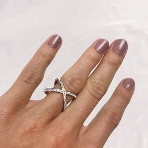 Criss Cross Rose Gold X Crystal Ring Size 6 NWOT
